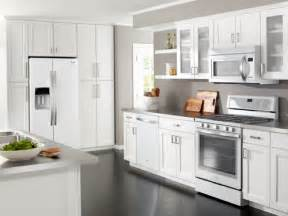 Www Kitchen Collection Whirlpool At Lowe S Kitchen Collections