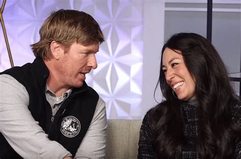 chip and joanna gaines garden watch chip and joanna gaines play the newlywed game
