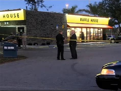 house gets shot man allegedly attacks waffle house patron gets shot killed breitbart