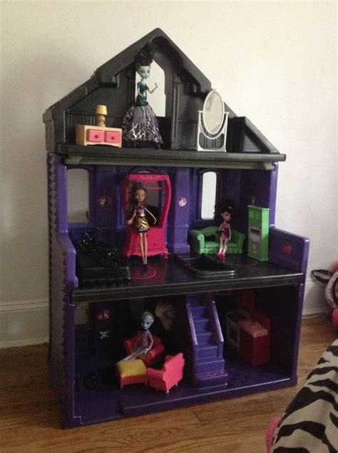 make your own monster high doll house 16 best images about monster high dollhouses on pinterest