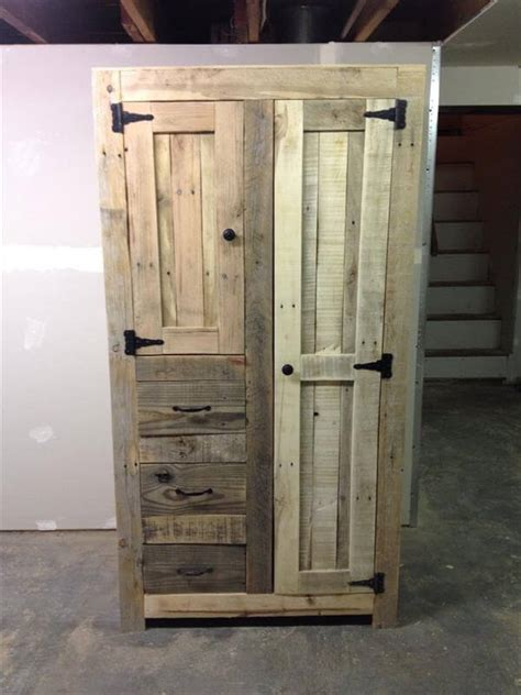 Building Storage Cabinets With Doors Diy Pallet Cabinet For Storage 101 Pallets