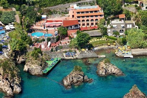 terme porto strandhotel delfini cartaromana ischia ponte
