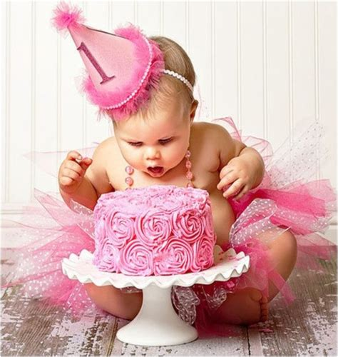 cute themes for baby first birthday 22 fun ideas for your baby girl s first birthday photo shoot