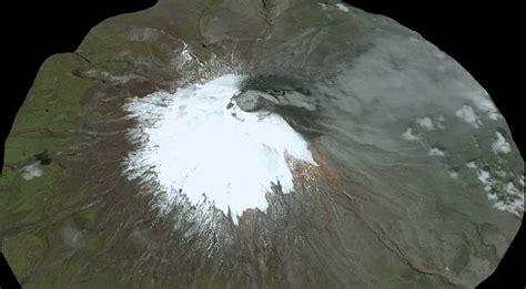 imagenes satelitales volcan volcan cotopaxi 18 de agosto 2015 imagen satelital spot 7