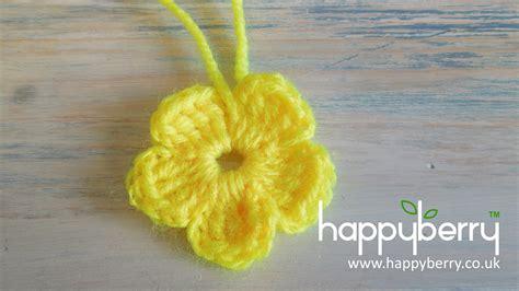 crochet how to crochet a simple flower version 2