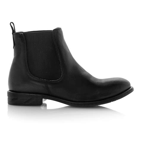 steve madden treacy leather almond toe flat boots in black