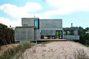 concrete houses plans bare concrete beach house