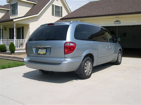 Chrysler Town And Country 2004 by 2004 Chrysler Town And Country Car Interior Design