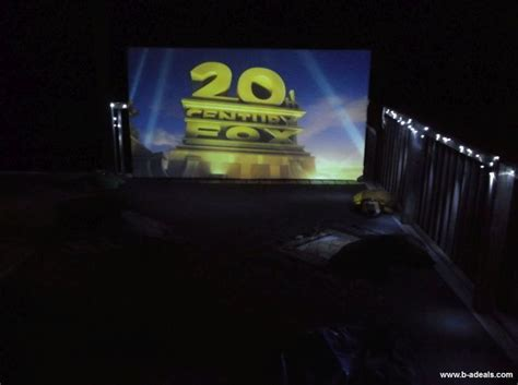 backyard movie night projector 1000 ideas about projector screens on pinterest wall