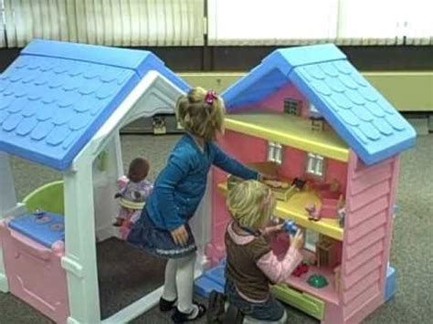 two little dolls in a little doll house little tikes 2 in 1 dollhouse playhouse youtube