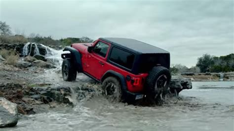 jeep wrangler ads jeep s third super bowl commercial features the wrangler