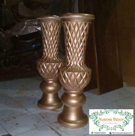 pot vas bunga pelaminan gold dekorasi gebyok pelaminan