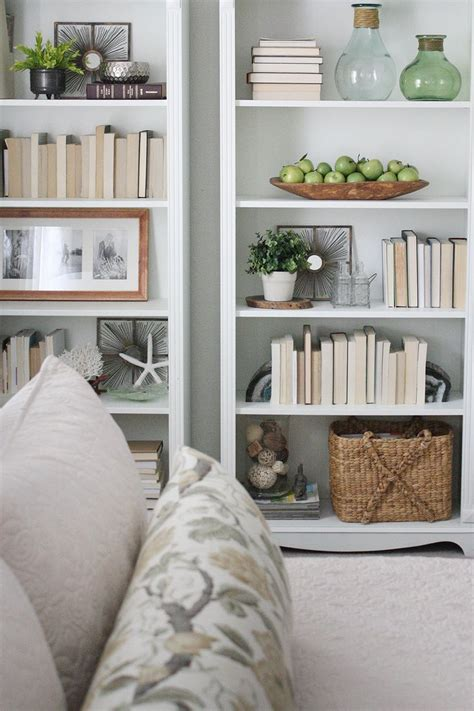 bookcase decor best 25 bookshelf styling ideas on pinterest shelving