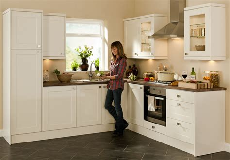 Who Makes Magnet Kitchens by Magnet Kitchens