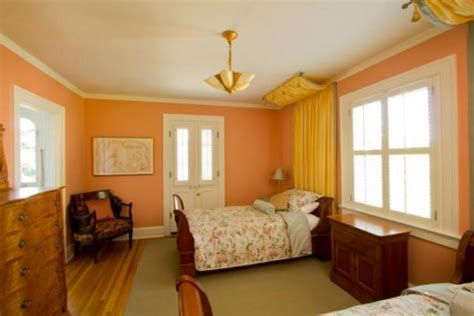 4 questions to help you the guest room paint color sundeleaf painting