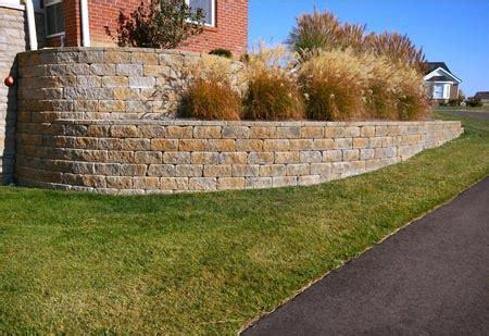 landscape walls dayton amp cincinnati schneider s lawn