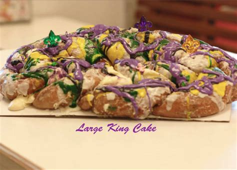 s king cake the 17 best king cakes in louisiana