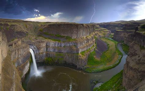 great places to visit in the us palouse falls usa amazing places
