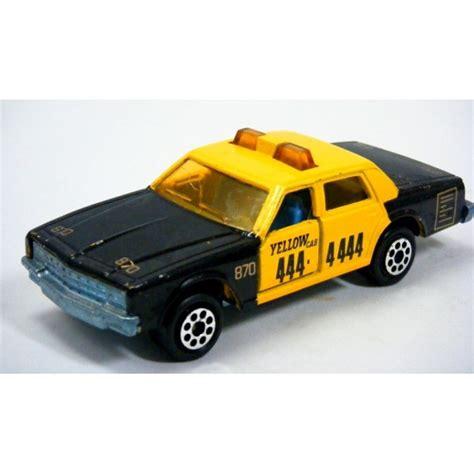 Diecast Chevrolet Taxi majorette chevrolet impala taxi cab global diecast direct