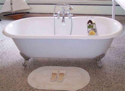 refinishing cast iron bathtubs refinish clawfoot tub bathtub designs