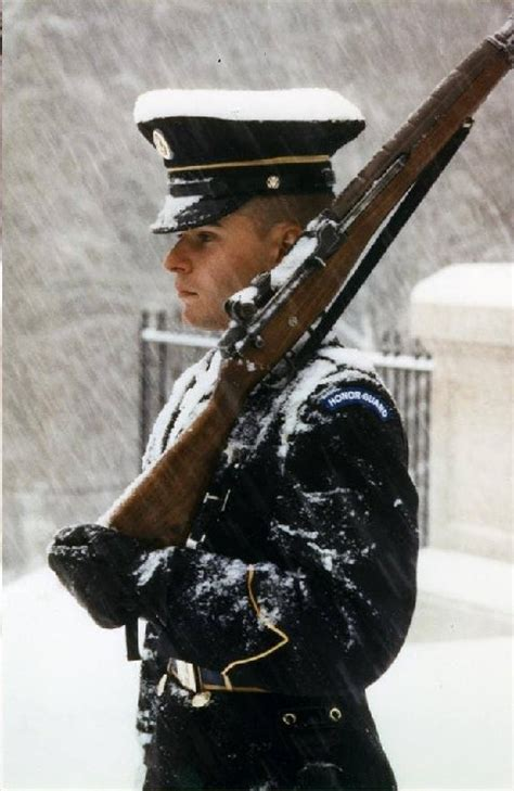 HONOR GUARD ~ TOMB OF THE UNKNOWNS ~ ARLINGTON NATIONAL ... Unknowns