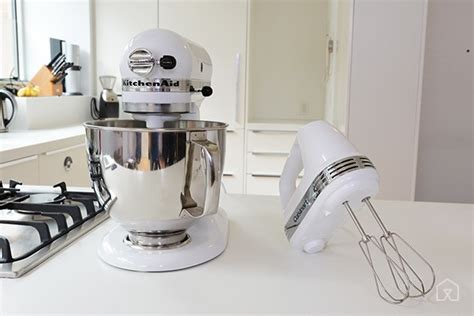 Best of Hand Mixer vs. Stand Mixer: Which One You Should