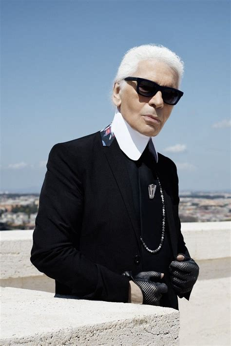 More Pics From Karl Lagerfelds Minogue Thandie Newton And Co by 17 Best Ideas About Karl Lagerfeld Choupette On
