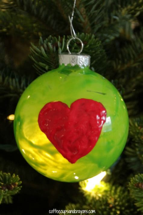grinchs heart christmas ornament coffee cups  crayons