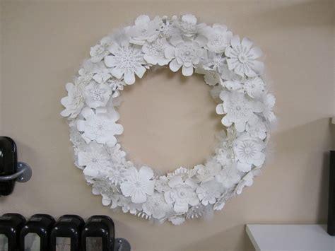 blumenstrauß aus papier basteln weihnachtsdeko selber basteln aus papier mit anleitung