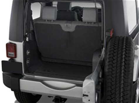 Jeep Wrangler Cargo Space Should I Rent A 2 Door Or 4 Door Jeep Kauai Jeeps