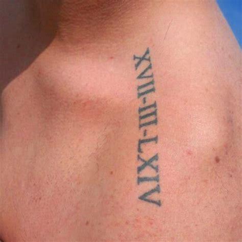 peque 241 o tatuaje con la fecha del nacimiento de