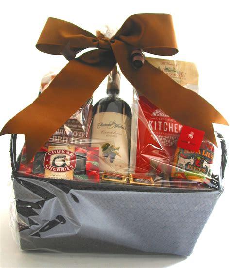 wine gift basket bumble b design