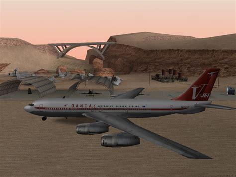 Travolta Makes Emergency Landing by 302 Found