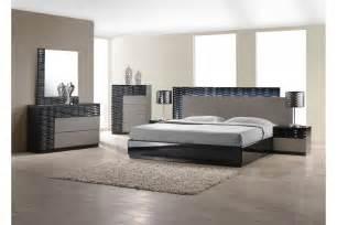 King Size Bedroom Set In Black Bedroom Sets Roma Black King Size Bedroom Set