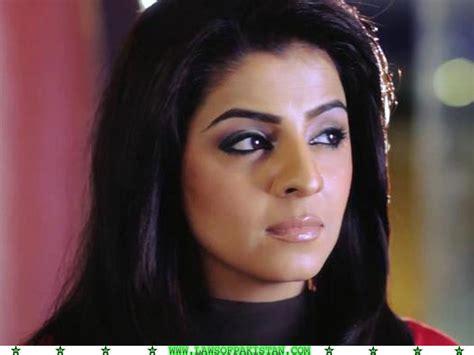 biography of ayesha khalid ayesha sohail pakistani news anchor hot and stylish stills