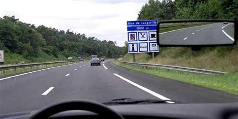 code de la route signalisation aire de repos sur autoroute