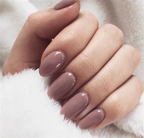 Gel Nail L by Gel Nails Vs Acrylic Nails Which One You Should Get Cpgds Consortium