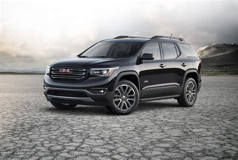 gmc acadia vs terrain interior comparison 2017 vs 2016 gmc acadia gm authority