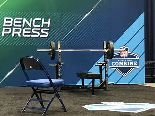 quenton nelson bench press 7news denver denver broncos football coverage the