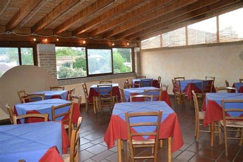 Hotel La Terrazza Cagliari la terrazza teulada via cagliari 46 restaurant