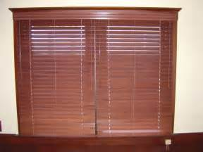 2 1 2 Inch Vertical Blinds Wood Blinds 3 Blind Mice Window Coverings