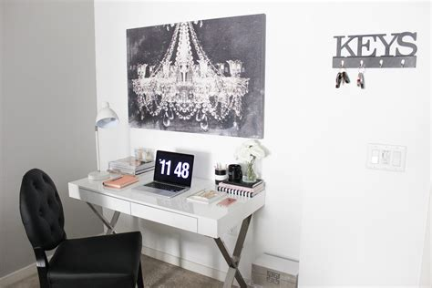 black and white desk l office black and white office decor office decorations