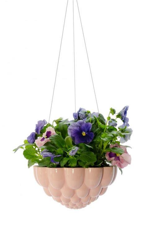 vasi sospesi per piante foto vasi sospesi per piante da appendere