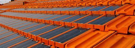 piastrelle fotovoltaiche giellenergy tile tegola fotovoltaica che permette di