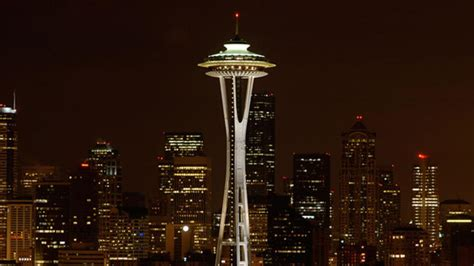 seattle lightning map lightning strikes space needle the weather channel