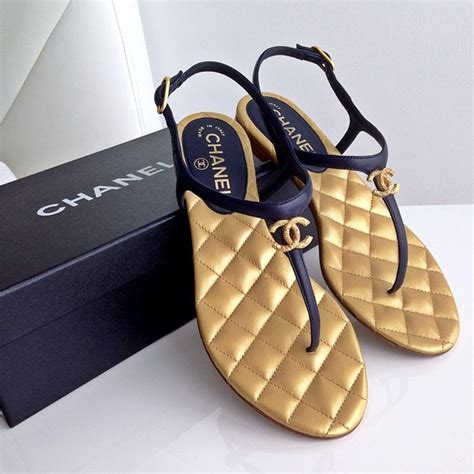chanel diamante jelly sandals chanel sandals jetsetbabe
