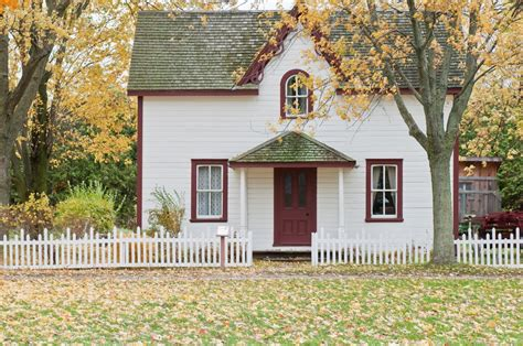 house photos free small house on an autumn s day photo by scott webb