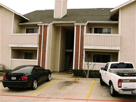 Legacy Apartments Las Colinas Vistas At Hackberry Creek Apartments At 2527 W Royal Ln