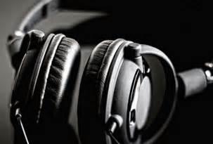 best earphones in 2015 top 10 headphones in 2015 buyer s guide reviews