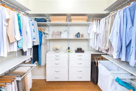 organizzare guardaroba come organizzare al meglio il guardaroba